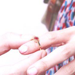 盈月的愛Full Love-圓形切割仿紅寶石 925純銀鍍真金抗敏 開口戒