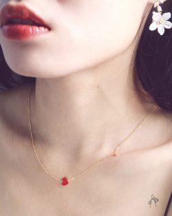 赤誠的心a heart- 紅色愛心外掛小鑽 925銀鍍真金抗敏 短項鍊