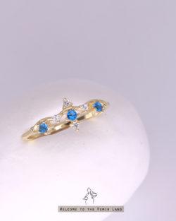 部分尺碼訂製/ 冰雪奇緣Elsa- 3顆藍鑽 公主925銀 抗敏鍍真金戒 港圍#7-17