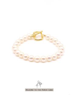 費洛蒙Femin Hormone- 6.5-7mm近圓珍珠 金色T扣 整圈手鍊